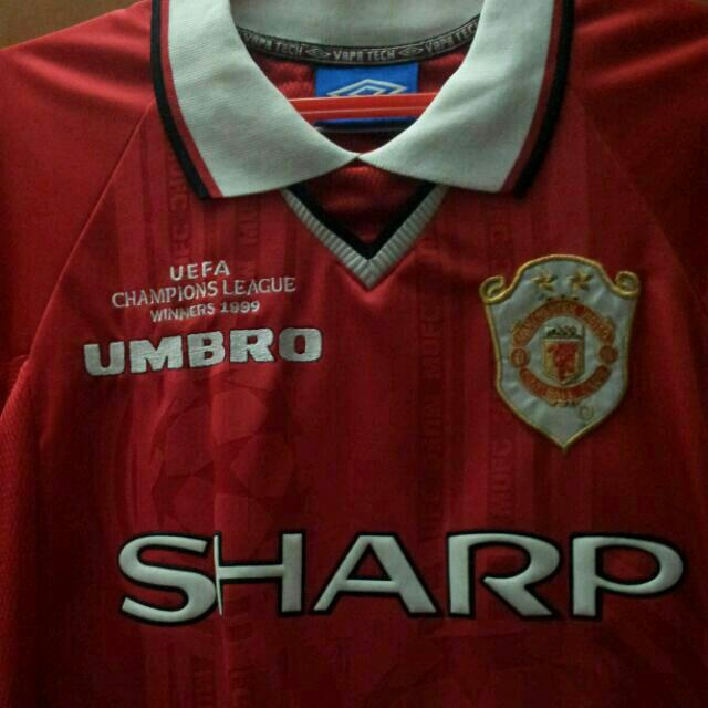 save off 63a0b 6a7c3 Manchester United 1999 UEFA champion league comerative 2 ...