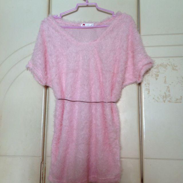 Furry pink shirt (new)