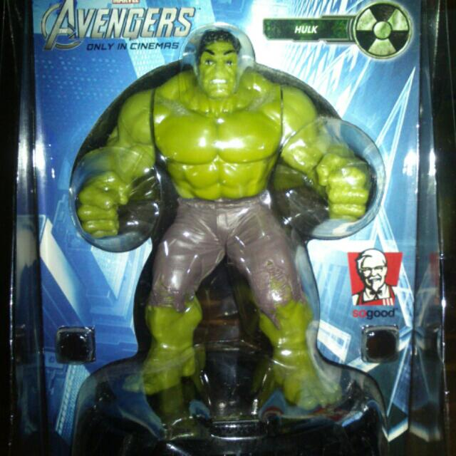 Marvel the Avengers Ironman and The Hulk figurine