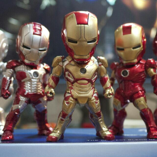 Iron Man Mark V Handphone pluggy / keychain , Toys & Games