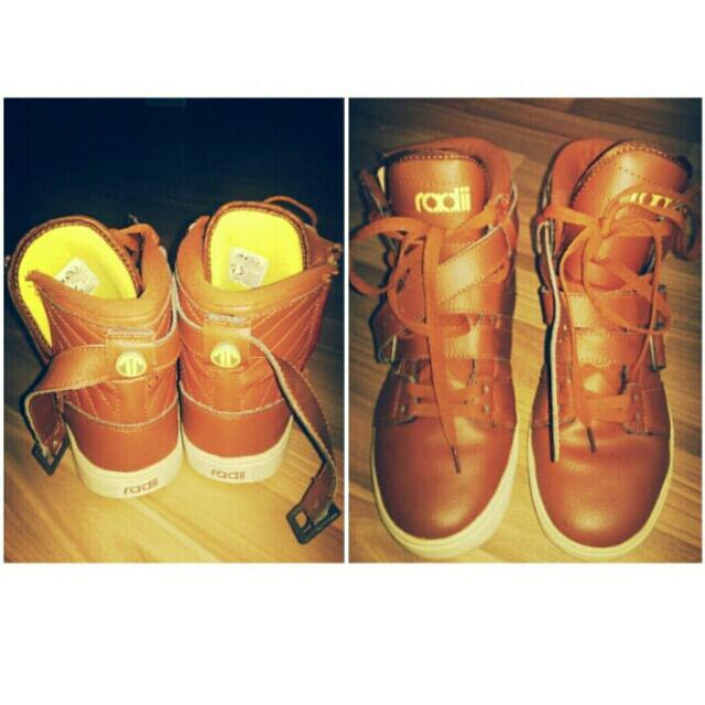 5dd539753974 Radii Footwear  Straight Jacket  VLC