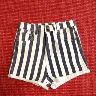 BN Striped HW shorts!