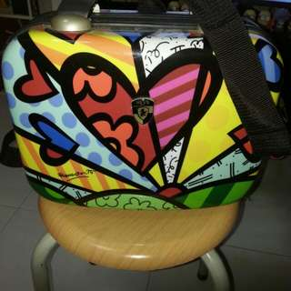 Britto Heys Mini Hard Case Travelling Bag