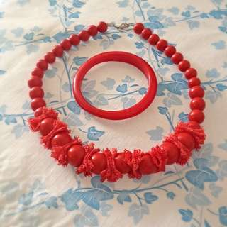 Red beads necklace & bangle set (Price Reduced)