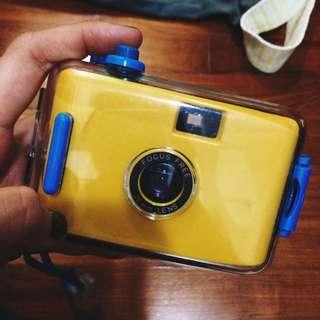 Underwater Film Camera With Detachable Casing