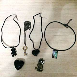 4 + 2 Necklaces For $4