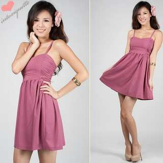 PIXIE-CUT RUCHED DRESS IN RASPBERRY