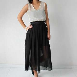 👗 BNIP Chiffon Maxi Dress