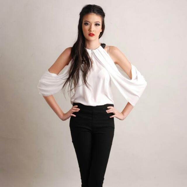Theory Of Seven Kendrick Off Shoulder Top
