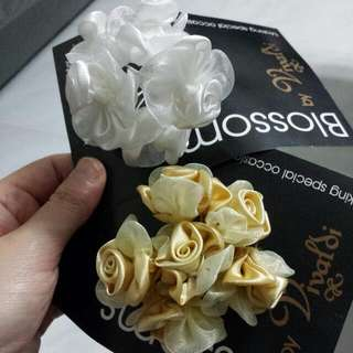 Ribbon N Flower