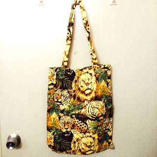 Animals Print Tote Bag