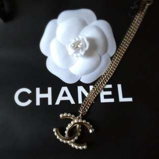 Chanel Gold Pearl Dual Length Necklace
