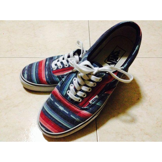 7dad309ef9 Vans Era Van Doren Multi Stripe Blue