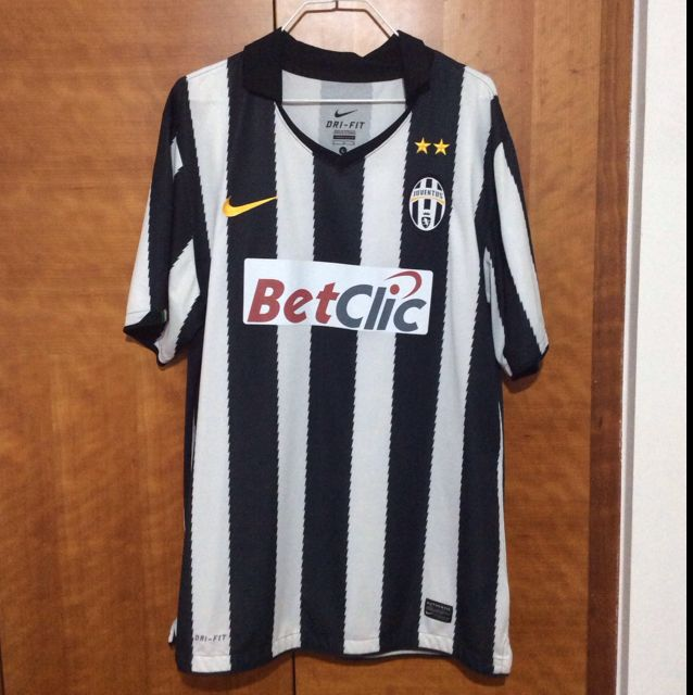 best loved b1c44 b91fc Authentic Juventus Home Jersey Size L