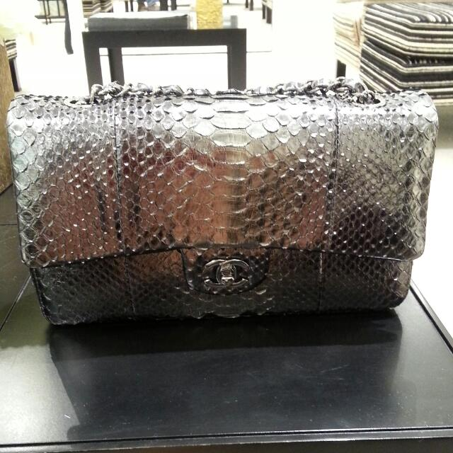 2fec7c825b8fe1 Chanel Limited Edition Python Skin Bag, Luxury on Carousell