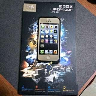 Lifeproof Frē iPhone 5 Casing