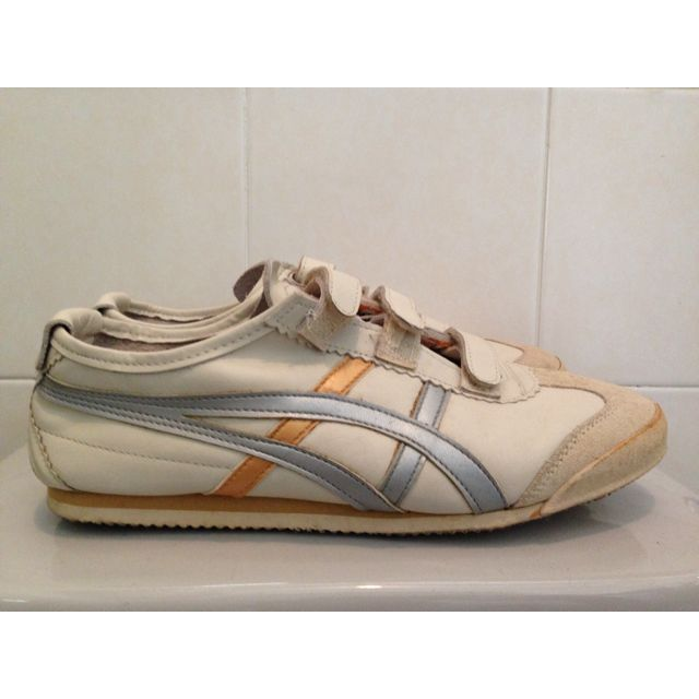 huge selection of 3819a 93aee Asics Onitsuka Tiger Baja 66 (Beige,Silver,Gold)