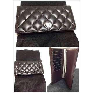 Chanel Wallet in LAMBSKIN in black silver hardware *100% authentic*