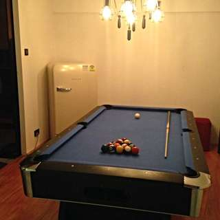 Pool Table (7ft) With dining top.