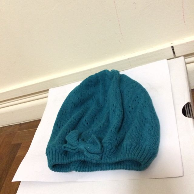 beanies with a bow (blue/grey)