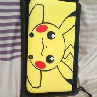 3ds Xl With R4 Included And 1 X 32 Gb Micro Sd Card