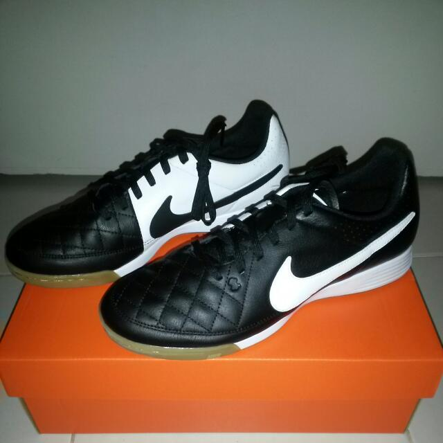 35f32720dab Brand New Nike Tiempo Genio Leather Ic