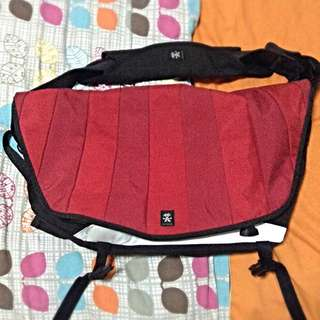 AUTHENTIC Large Crumpler Bag