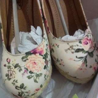 [PRICE REDUCED]Floral Wedges. Brand New.