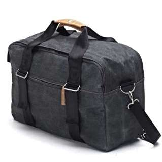 Qwstion Weekender in washed black