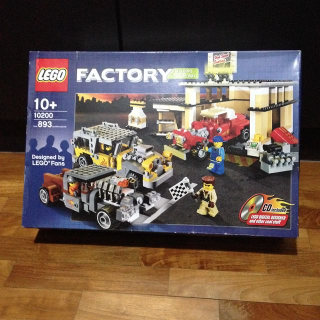 Reserved Nisb Lego 10200 Custom Car Garage Lego Factory Toys