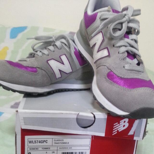 574- Authentic New Balance shoe