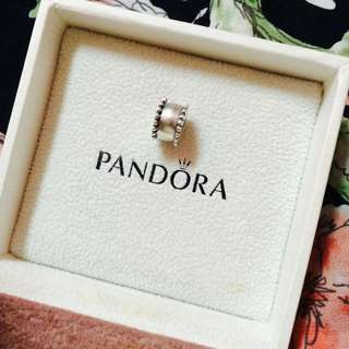 AUTHENTIC Pandora Round Clip