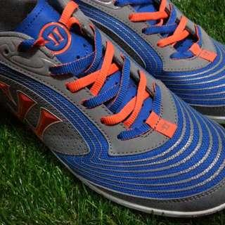 Warriors street soccer shoe