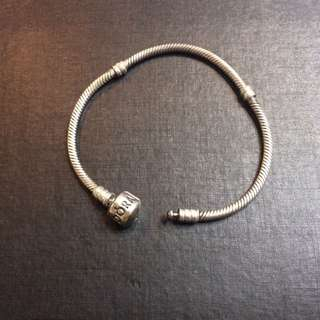 AUTHENTIC Pandora Sterling Silver 17cm