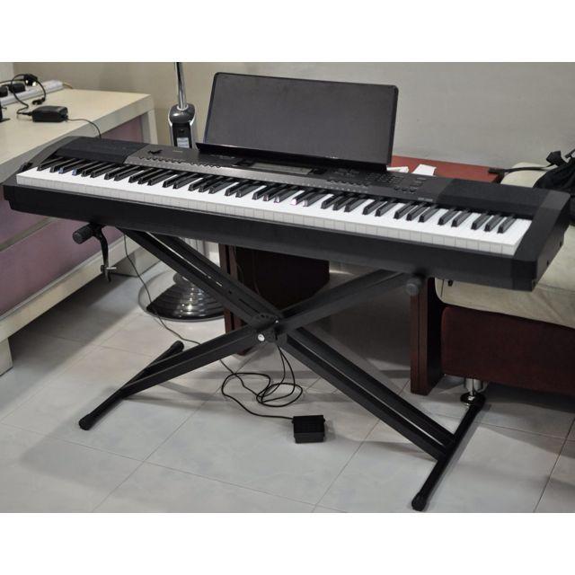 Digital Piano Casio CDP 220R