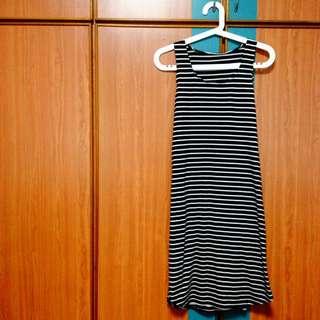 Black & White Stripes Maxi Dress