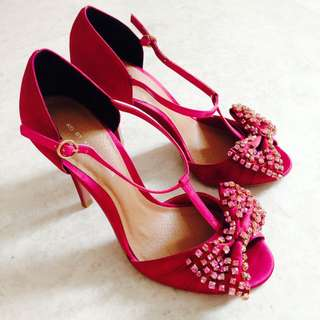 🆕 REDUCED! KG By Kurt Geiger Satin T-Bar Heels in Raspberry Pink Size 38
