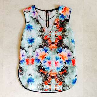 REDUCED! ZARA Woman Floral Top Size XS