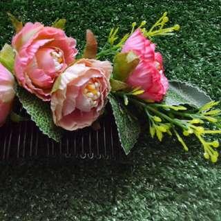 Rosey Haircomb