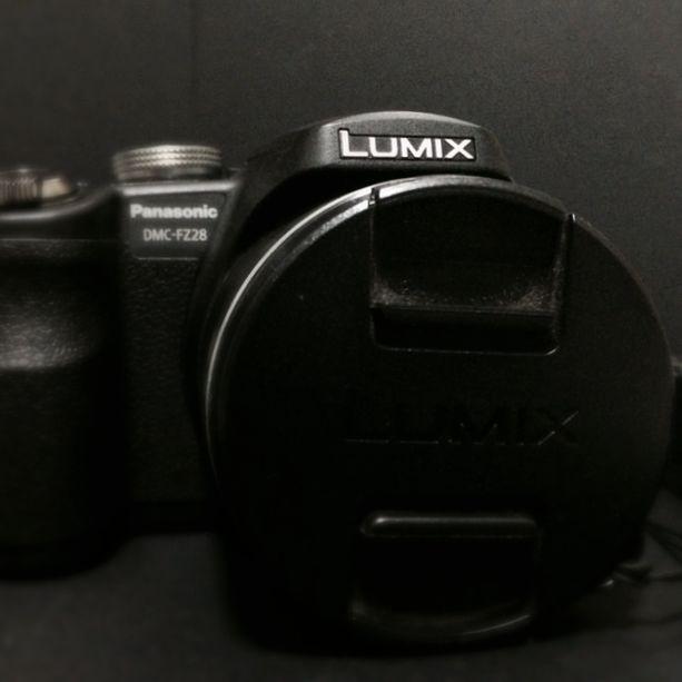 Panasonic Lumix DMC-FZ28 Digital Camera (Black)