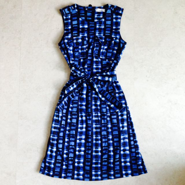 Sold: Calvin Klein Printed Dress With Belt Size US2