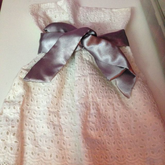 5bfc6a9e405 Girly Tube Top With A Silver Satin Bow