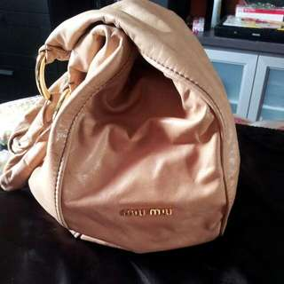reduced! $380 Now Authentic MIU MIU Big Sacca Vitello TOTE BAG FULL LEATHER In Tan