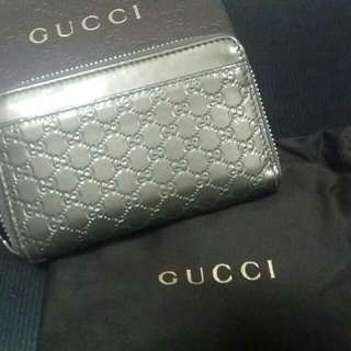 Authentic GUCCI Coin/Card Pouch.  ( Pre-loved )