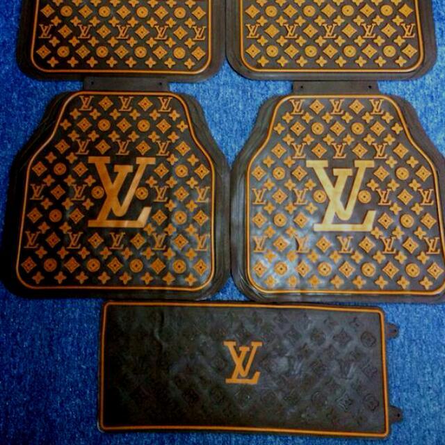 LV Rubber Mats 5pc Set