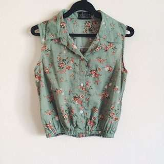 Green Floral Collared Crop Top