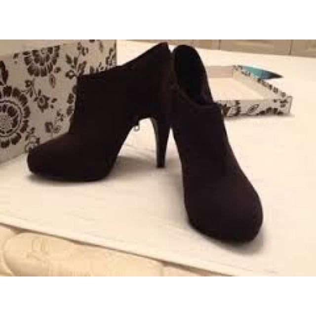 H&M Suede Booties - High Heels Ankle Boots