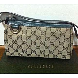 !! Gucci Small Shoulder Bag (seldom Used)