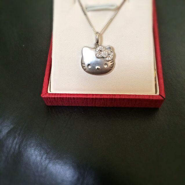 18k hello kitty diamond pendant from poh heng luxury on carousell photo photo photo mozeypictures Gallery