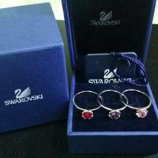Swaroski Mariposa Ring Set. ( Authentic)